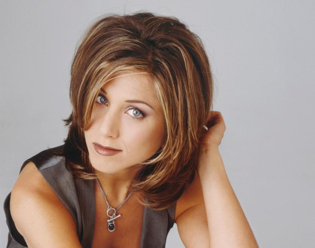 jennifer-aniston-changing-hair-1994